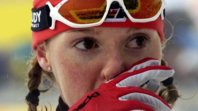 Ocho esquiadores apartados