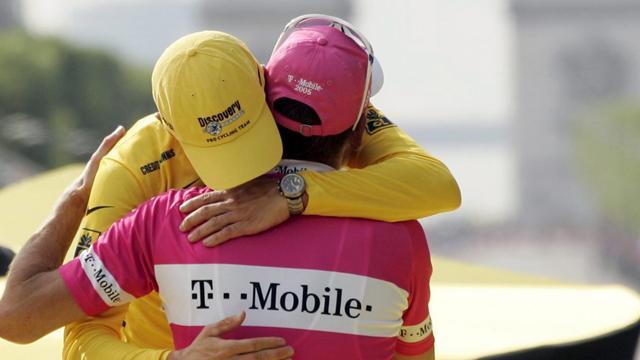 """Ullrich: """"Moi, je rendrais ses victoires à Armstrong"""""""
