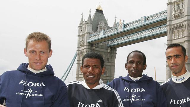 New jerseys for marathon contenders