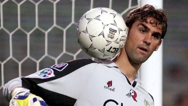Pelizzoli moves to Lokomotiv