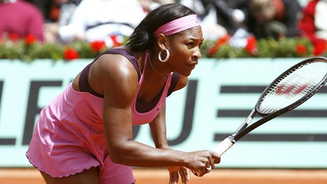 Serena hausse le ton