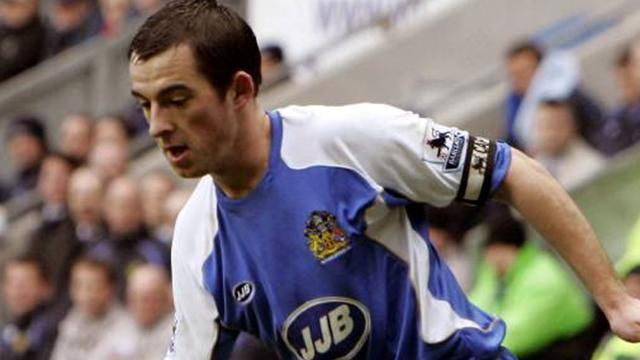 Everton Baines bid rejected