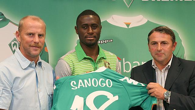 Sanogo switches Hamburg for Bremen