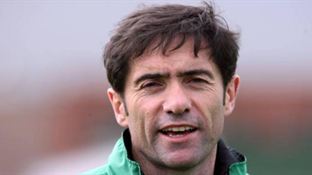 Racing Santander reappoint Marcelino