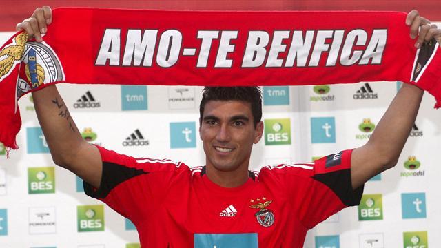 El Benfica presenta a Reyes
