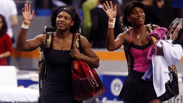 Venus corrige Serena, Jankovic qualifiée