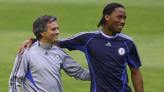 """""""Payez et ne parlez pas !"""" : Mourinho raconte le transfert de Drogba de l'OM à Chelsea"""