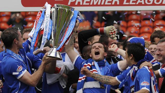 Rangers campioni, Celtic ai preliminari