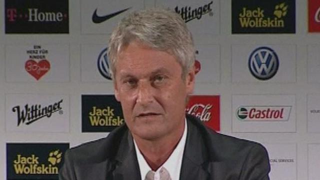 Calcio, il Wolsburg presenta Armin Veh