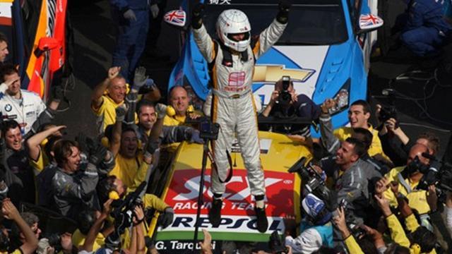 Tarquini et SEAT champions