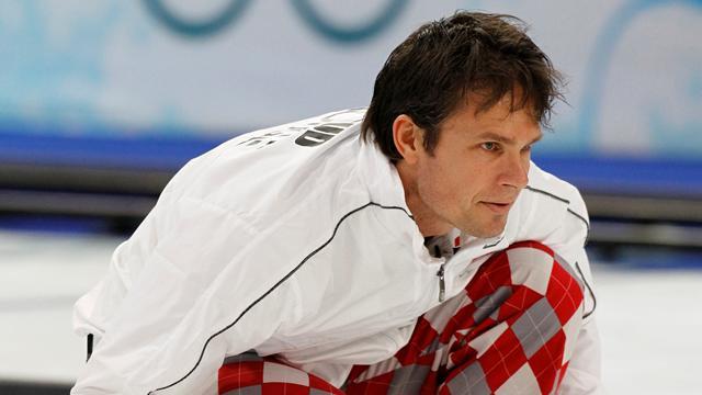 Most a férfiakon a sor  -Curling