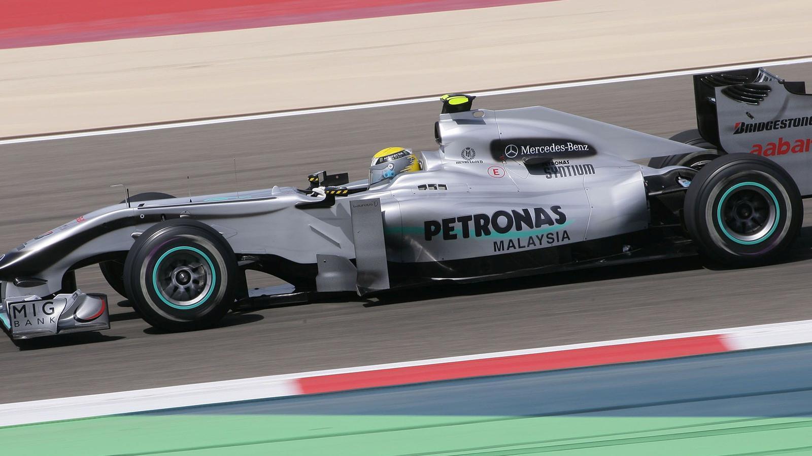 Surprises sakhir grand prix de bahre n 2010 formule 1 eurosport - Formule vitesse de coupe ...
