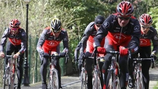 La Vuelta sans RadioShack