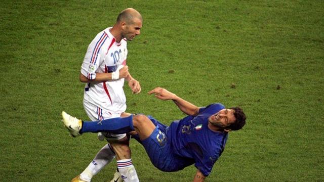Materazzi a décoré sa maison avec le coup de tête de Zidane…
