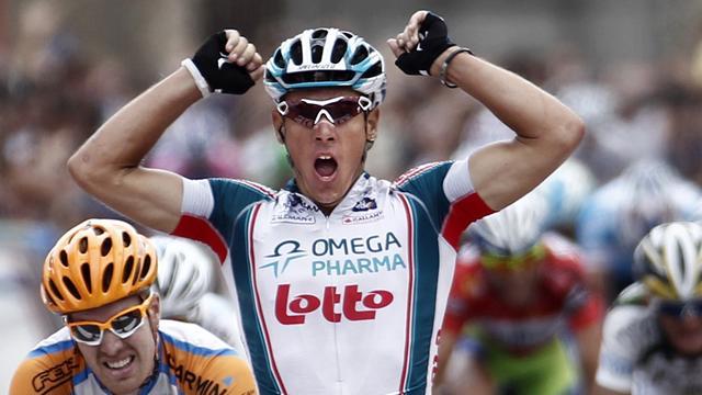 Gilbert takes Vuelta solo sprint