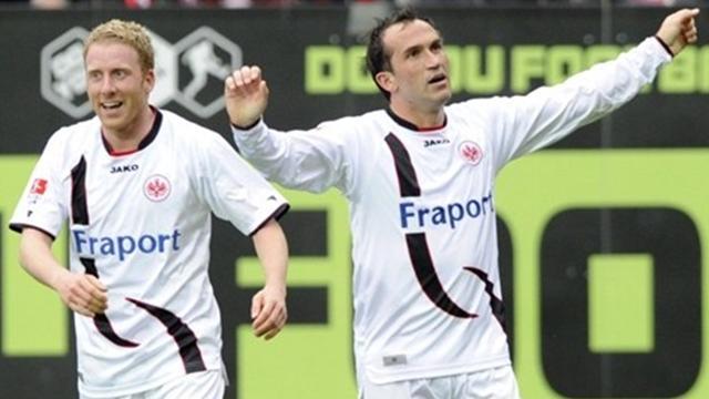 Round-up: Gekas double helps Eintracht