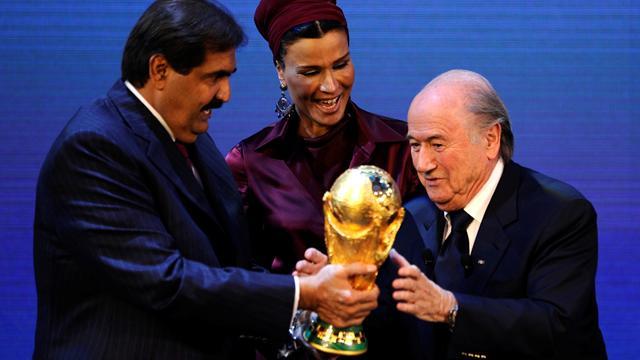 """Blatter : """"On ne peut pas jouer une Coupe du monde en plein été au Qatar"""""""