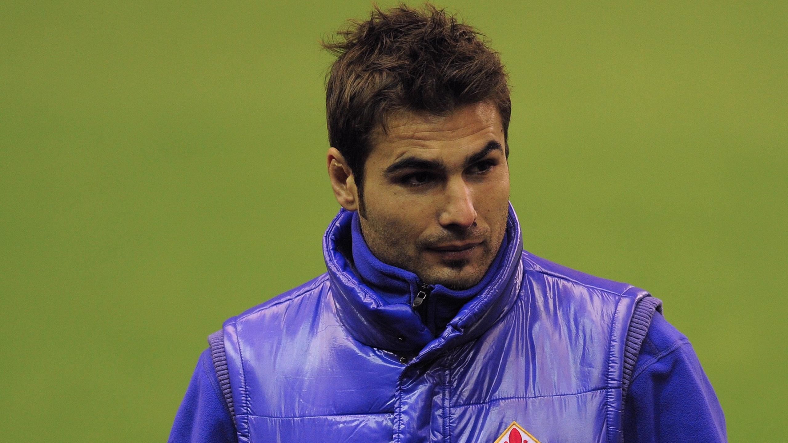 FOOTBALL Fiorentina striker Adrian Mutu