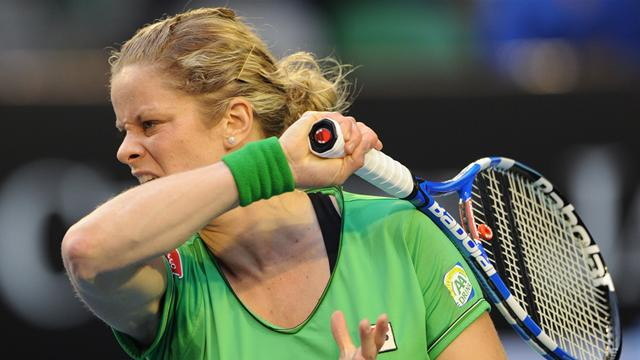 Clijsters cogne, Ivanovic coule
