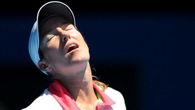 Henin s'arrête là, Wozniacki réagit