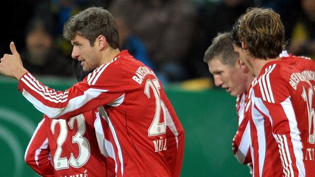 Müller lleva al Bayern a las semifinales