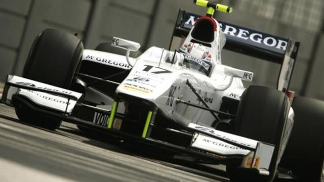 Van der Garde wins Singapore GP2 sprint