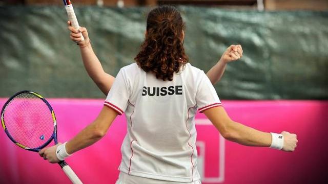 Swiss progress in Fed Cup