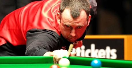 Snooker-Williams drubs struggling Doherty