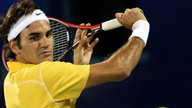 Federer reaches Dubai final