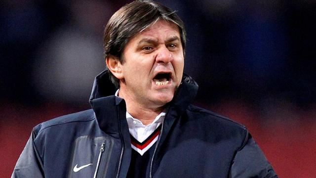 Lacatus quits as Steaua coach