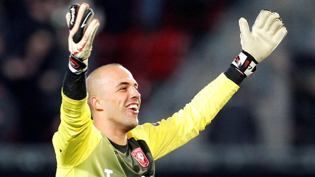 Keeper Mihaylov wants Liverpool return