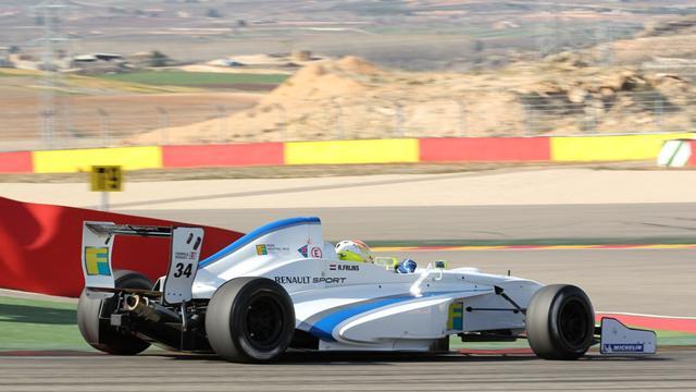 Frijns dominates Aragon race two