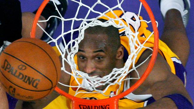 Bryant stars for Lakers but Bynam injured
