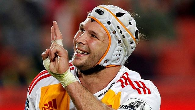 Chiefs win to close on play-offs