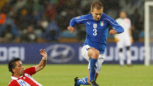 Criscito swaps Genoa for Zenit