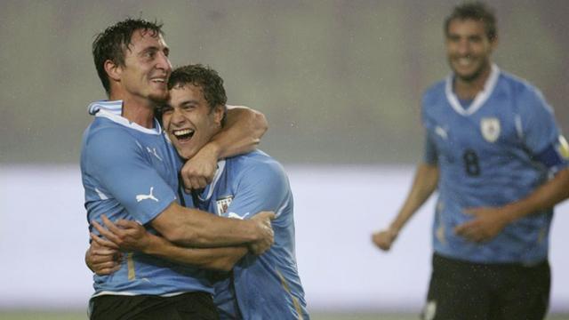 Uruguay beat Peru in thriller