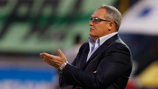 Krasnozhan replaces Petrescu at Kuban