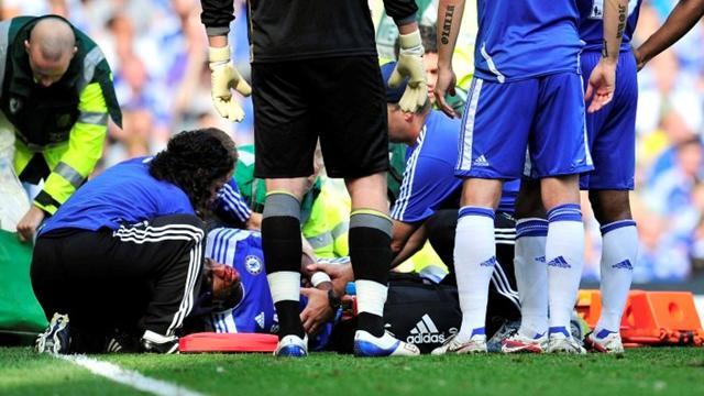 Mata scores on Chelsea debut, Drogba hurt