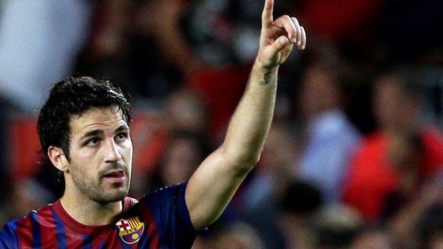 Barcelona destroy Villarreal
