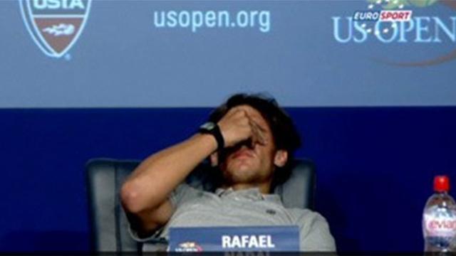 Mais qu'arrive-t-il à Rafael Nadal ?