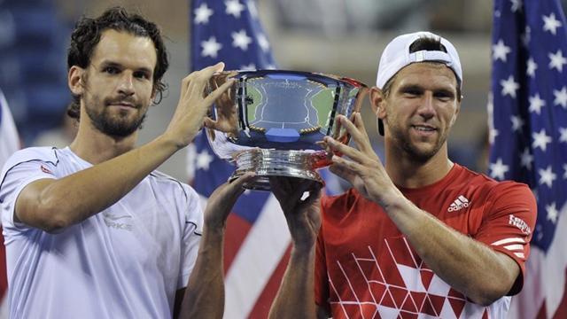 Melzer, Petzchner win doubles