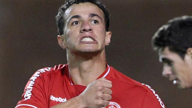 Brazil striker Damiao out for six weeks
