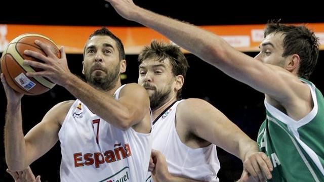 Spain, Macedonia into semis