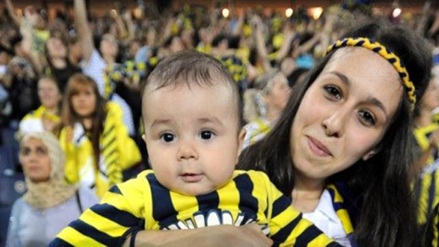 Turkish game played to 'women-only' crowd