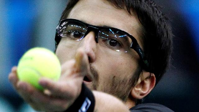Tipsarevic eases into second round
