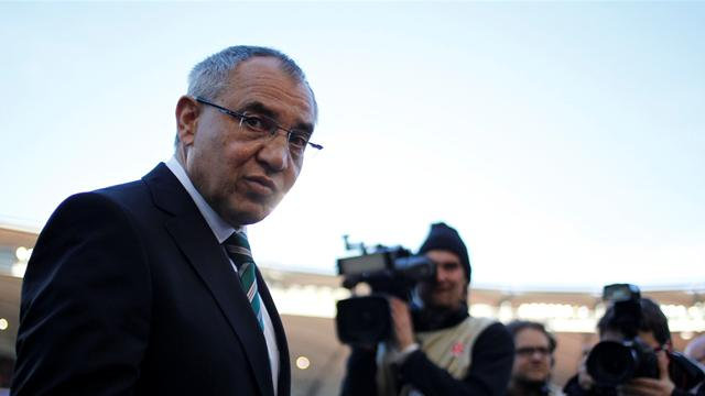 Magath extends Wolfsburg deal