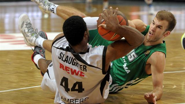 Panathinaikos face Turks