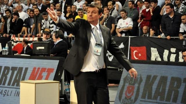 Ataman: Kimsenin önünde diz çökmem / Özel