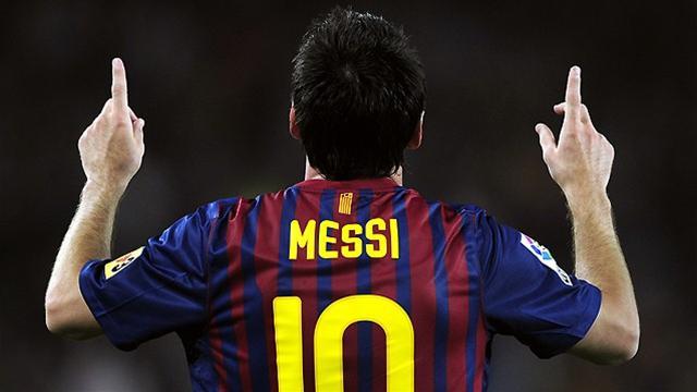 Al Sadd 'need 16 players to stop Barca'