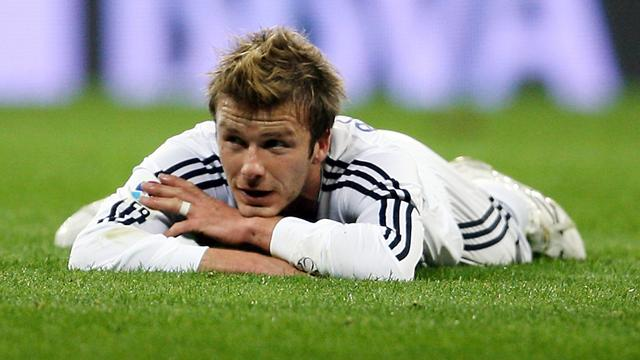 Galaxy confirm Beckham to re-sign